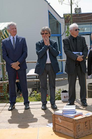 Monsieur Francois Bon conseille departemental. Monsieur Yves Billaud maire de saint michel le cloucq et Monsieur Joel Poiraud president du C.D.V.M.J.S. E.A.